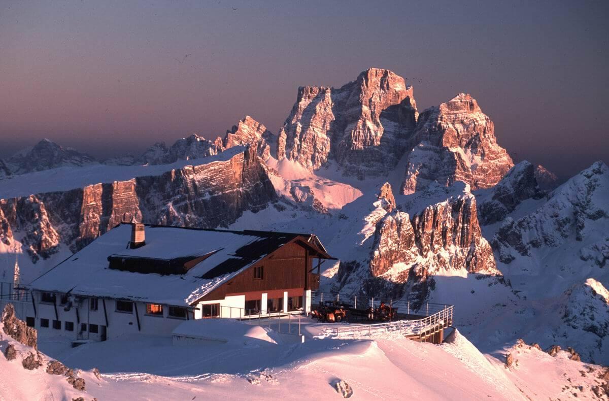 HAPPY NEW YEAR FROM RIFUGIO LAGAZUOI – CORTINA D'AMPEZZO, ITALY